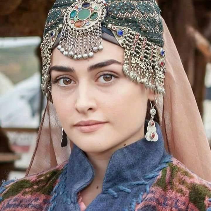 حلیمہ سلطان معروف پاکستانی کمپنی کی برانڈ ایمبیسڈر بن گئیں