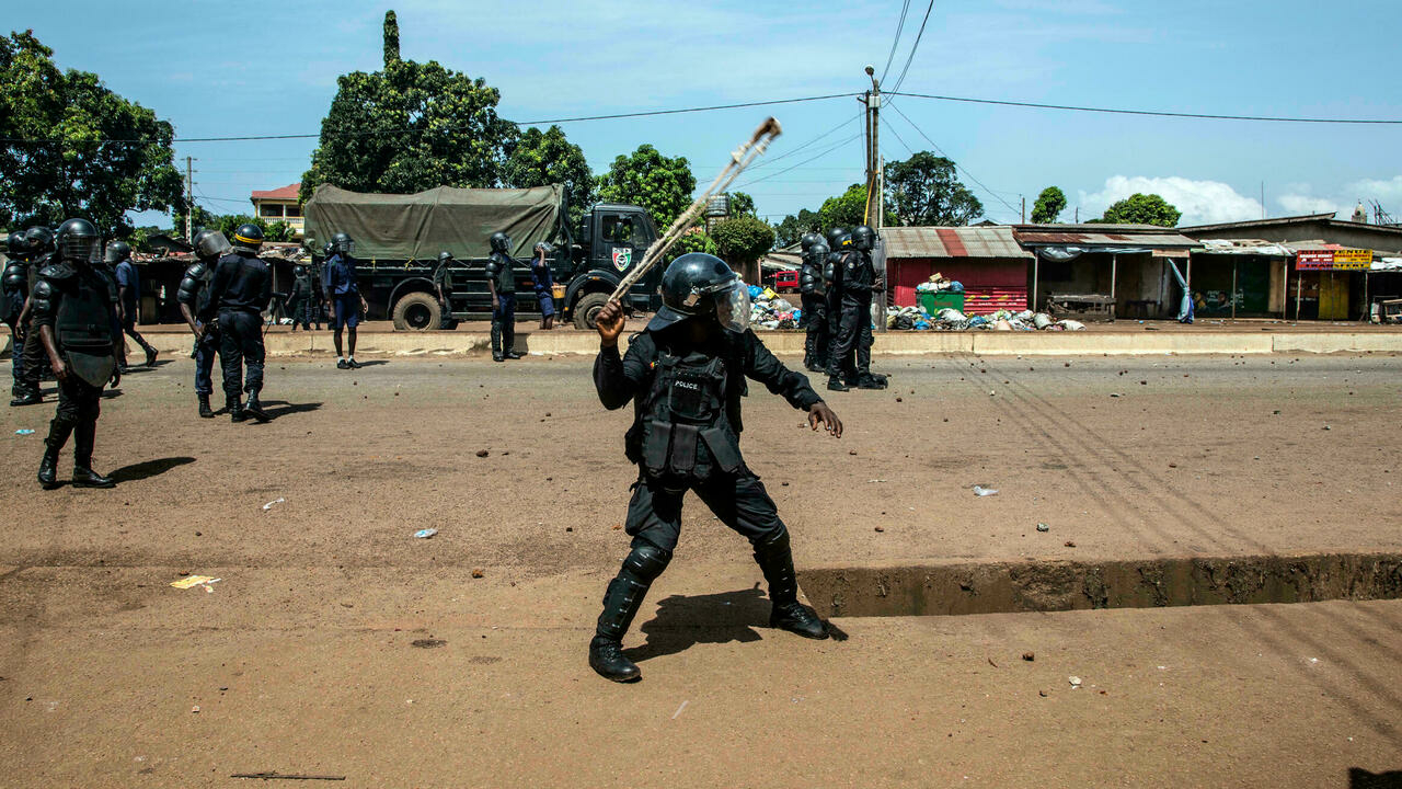 Heavy gunfire, troops on streets reported in Guinea capital Conakry