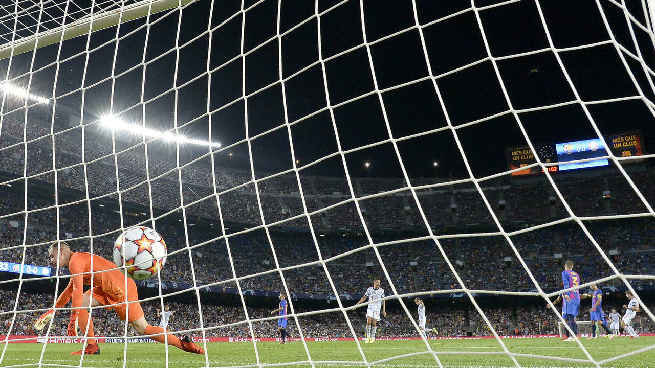 Bayern beats Barcelona 3-0 in team's first loss since Messi's exit